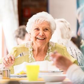 Essen auf Rädern<br>für Senioren